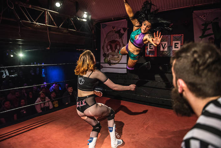 Inside London's Women-Only Wrestling Academy - THE VIDEO DOMAIN
