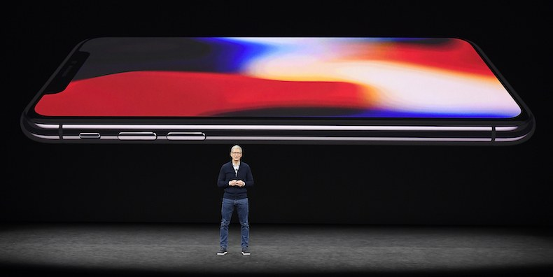 Apple_Announces_New_iPhoneX